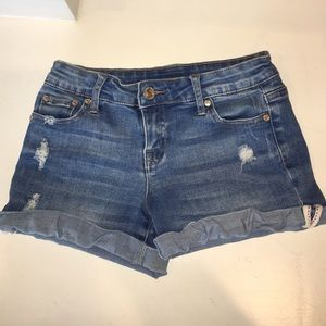 Tilly's denim shorts